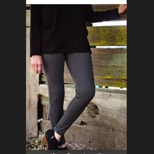 Brand new Eileen Fisher xl charcoal jeggings